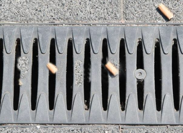 drainage cleaning grating